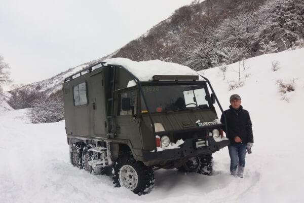 Экспедиционный внедорожник 6x6 Pinzgauer для зимы